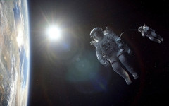 3-D space thriller 'Gravity' takes audience to new heights