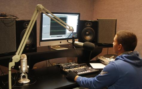Campus radio station gives students real world expierence