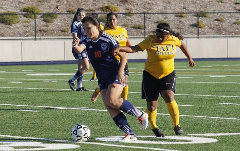 Taft college defeat assures Hawks a place in quarter final game
