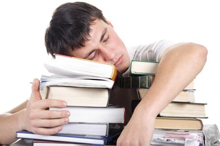 Lack of sleep high among college students, poses health risks