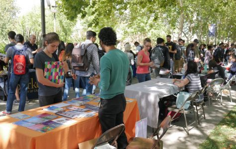 Students find direction at Transfer Day