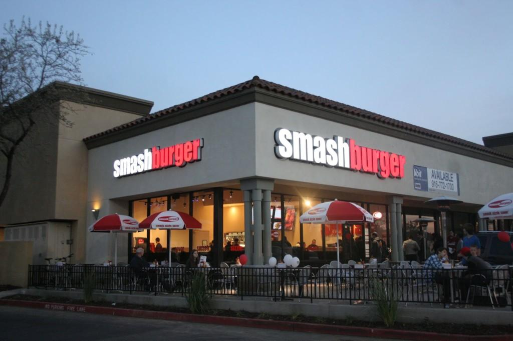 Smashburger+delivers+a+spin+on+the+classic+burger+