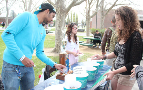 Campus clubs gather to show their spirit