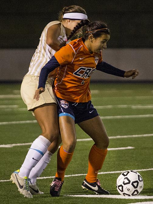 Cosumnes+River+College+Hawks+sophomore+forward+Alyssa+Hanks+battled+for+control+of+the+ball+against+a+San+Joaquin+Delta+College+defender+in+their+playoff+game+on+Nov.+23.+Hanks+scored+the+lone+goal+of+the+game.