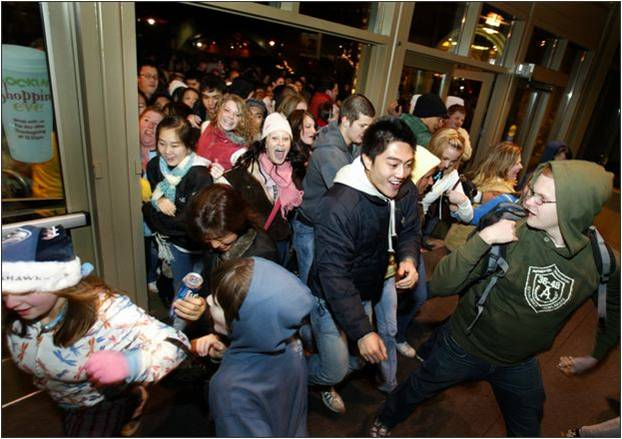 Black Friday: To wait in line or not is the question many ask