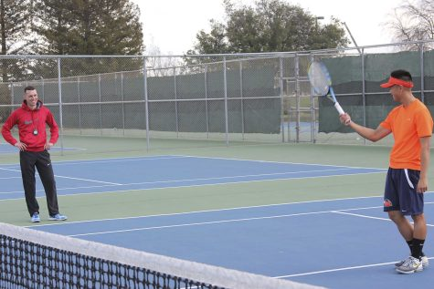 Men's tennis breaks out of their slump a win against Reedley College