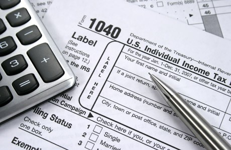 Accounting students offer free income tax preparation