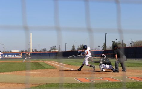 Mustangs put an end to baseball's win streak