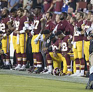 Pro/Con: Should NFL players kneel during the national anthem?