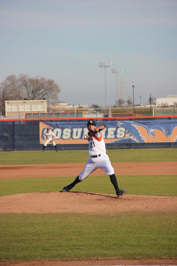 Josh Congress pitching in a dominate 13-1 win over Skyline.