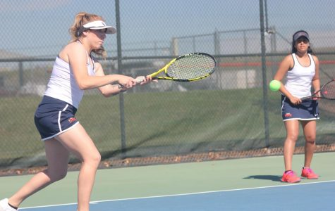 Women's Tennis loses match against Sequoias, remains positive