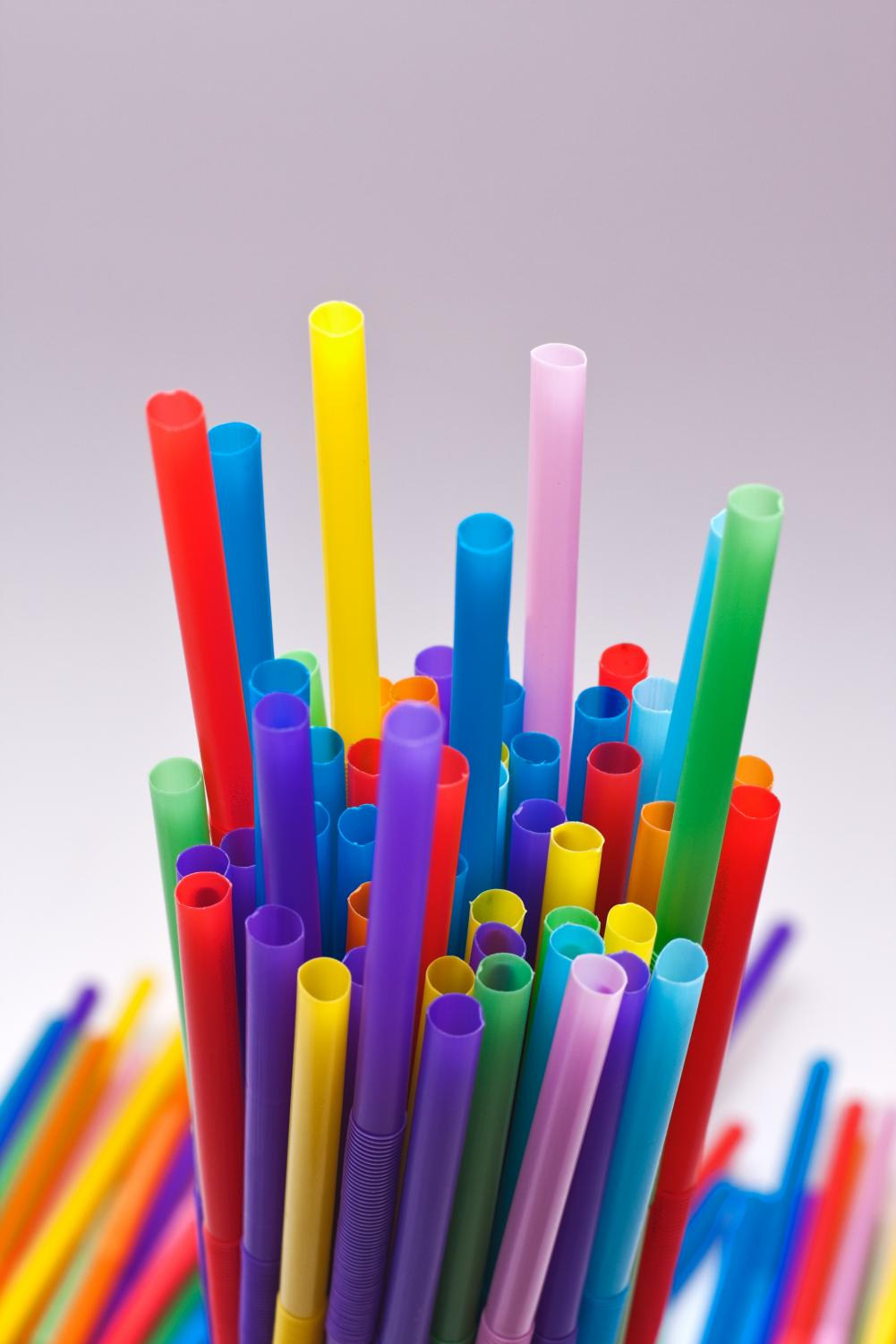 A new bill would ban restaurants from giving out plastic straws to customers unless requested.