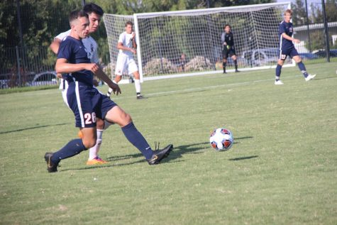 Men's soccer team reflects on a successful season full of struggles