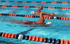Women's swim team holds fundraiser for their program