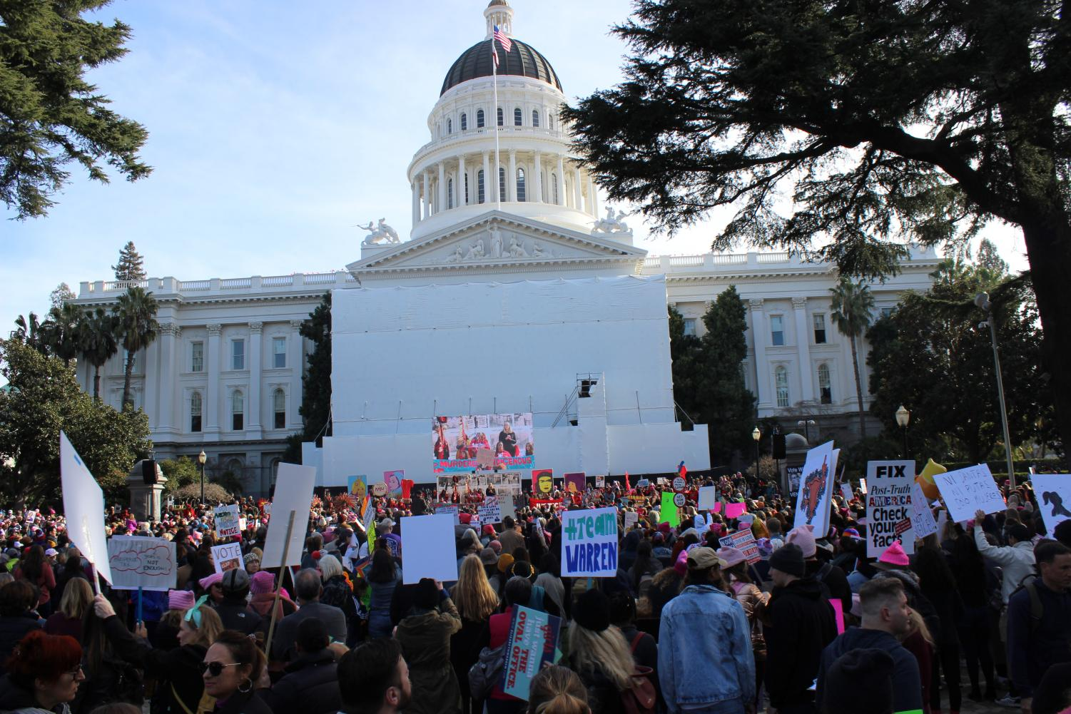 The march on Jan. 18 began from Southside Park and stopped at the State Capitol where there were performances, speakers and music shown. People continued to raise their signs up high.