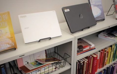Library offers Chromebooks to be borrowed for student use